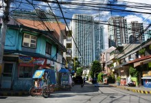 Manila suburbs just on the border with luxury Makati business and residential district – photo by Renata Blonska