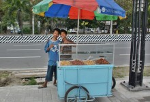 PHILIPPINES - Street sellers and their store – photo by Renata Blonska