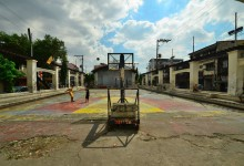 Basketball sports ground in the city of Manila - photo by Renata Blonska