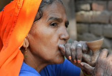 Abhaneri village woman and her clay pipe - photo by Renata Blonska